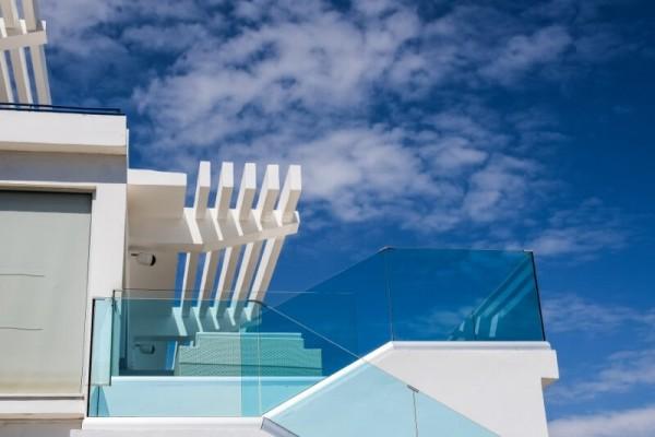 balkonbruestung-aus-glas-glasheld