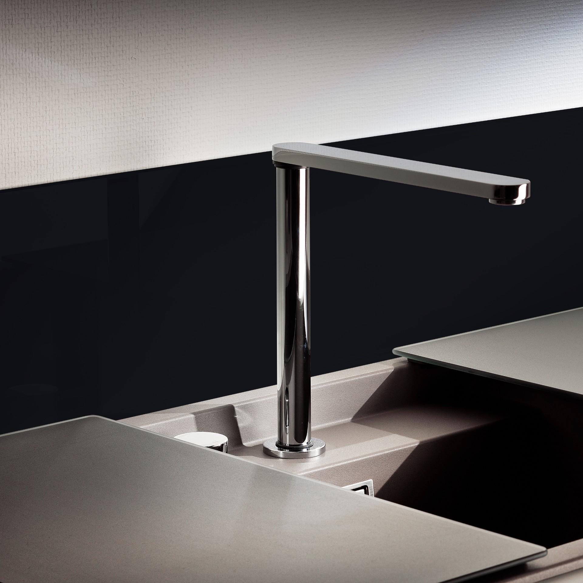 k chenr ckwand starlight black 0337 glasheld. Black Bedroom Furniture Sets. Home Design Ideas